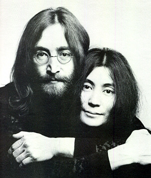 Photo%20of%20John%20and%20Yoko